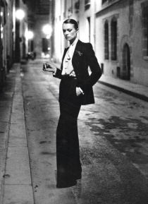 Yves-Saint-Laurent-celebrates-25-years-of-the-Tuxedo1